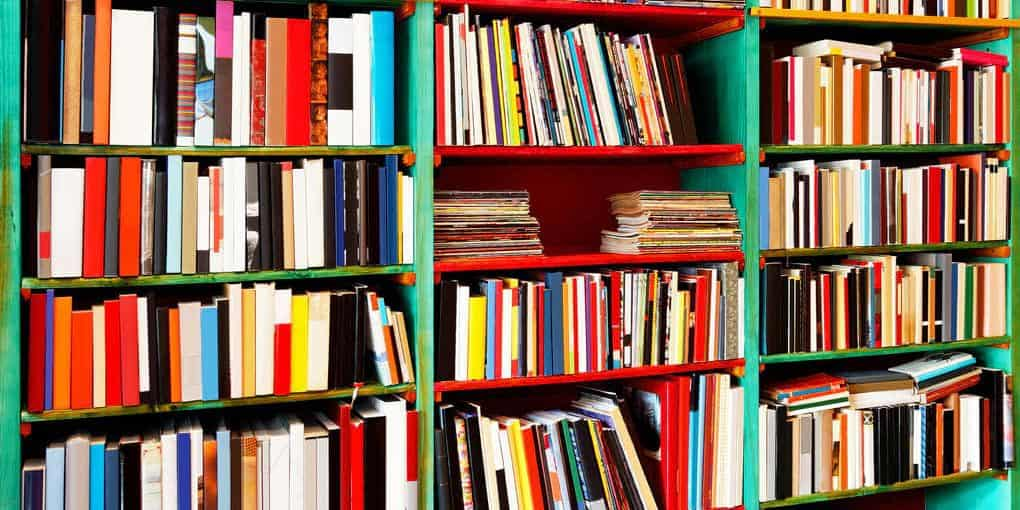 how to store books in a storage unit
